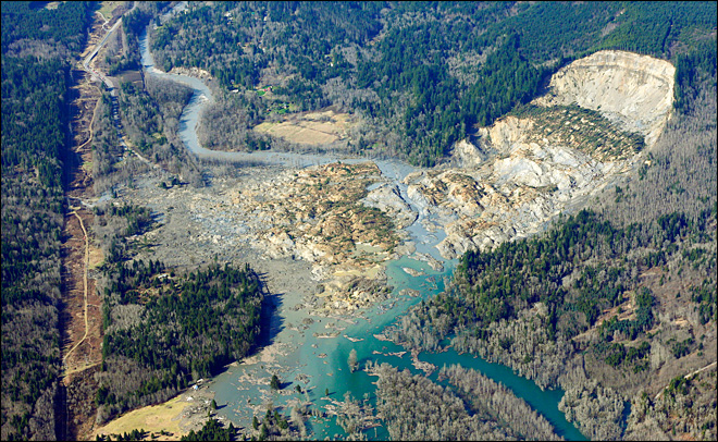 14 dead in mudslide near Oso; search continues
