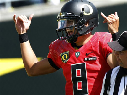 Mariota impresses in Oregon Spring Game