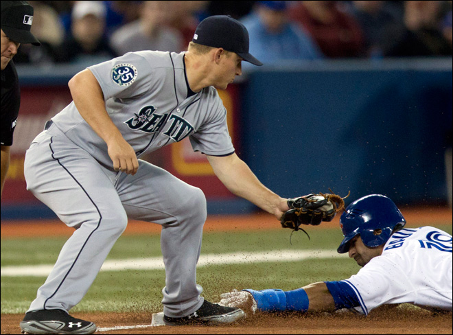 M's back under .500 after 7-2 loss to Blue Jays