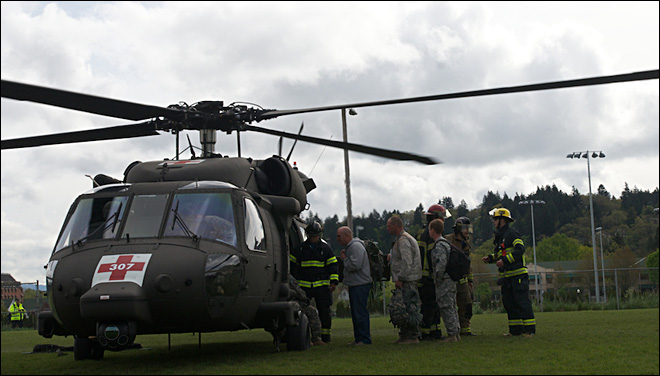 National Guard training lands helicopters at UO