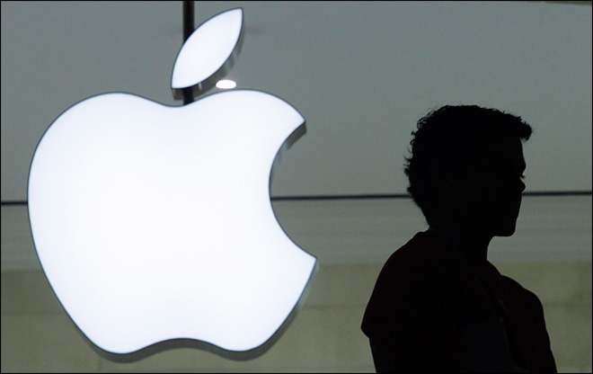 Apple earnings sag in latest quarter