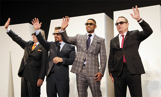 Japan Men in Black III
