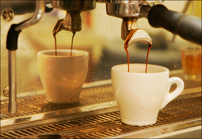 Study links heavy coffee intake to higher death risk