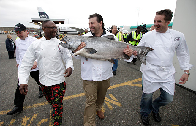 Chefs all smiles as Alaska's Copper River salmon arrive in Seattle