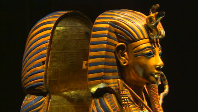 King Tut exhibit ready to open in Seattle