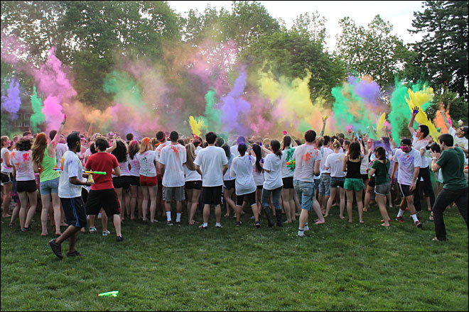 Students celebrate spring with Hindu Festival of Colors