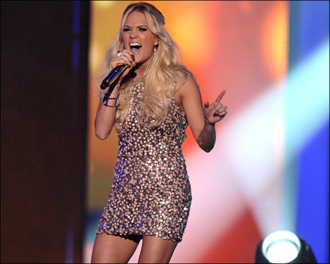 Carrie Underwood wins again at CMTs