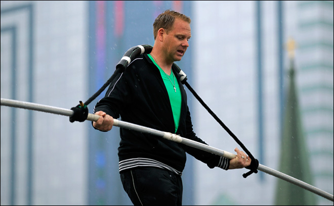 Wallenda to take on Niagara Falls on tightrope