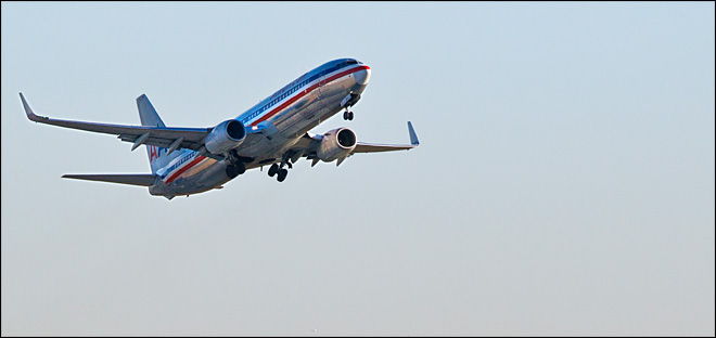 American Airlines offers to drop plans to lay off pilots
