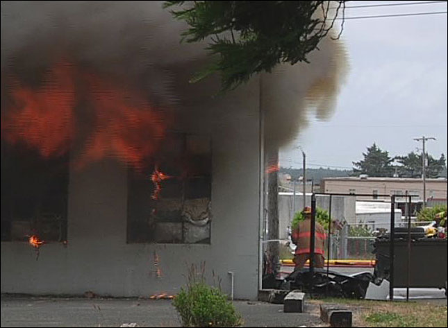 Fire in Coos Bay (KCBY photo)