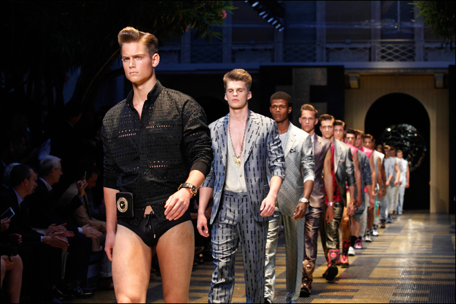 Photos: Milan 2013 menswear starts with mixed bag