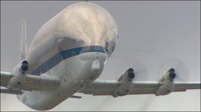 Space shuttle trainer arrives in Seattle aboard Super Guppy