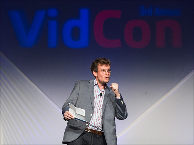 VidCon attracts online video makers and their fans