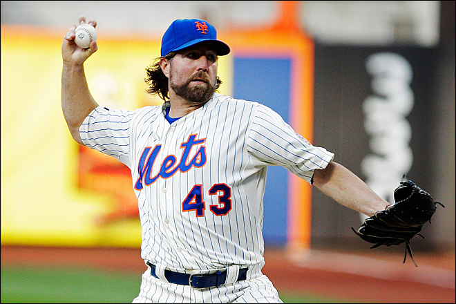 Eccentric R.A. Dickey masters the unpredictable