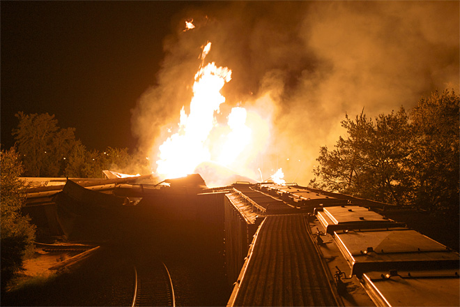 APTOPIX Train Derailment Fire