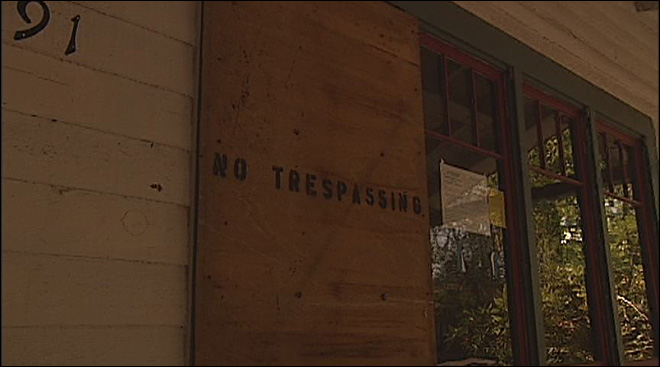 Occupy takes Eugene property: 'The bank is just sitting on this house'