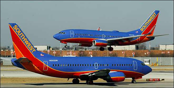 Southwest: Flyers can pay $40 to board first