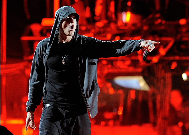 Eminem to fans: Thanks for help in dark times
