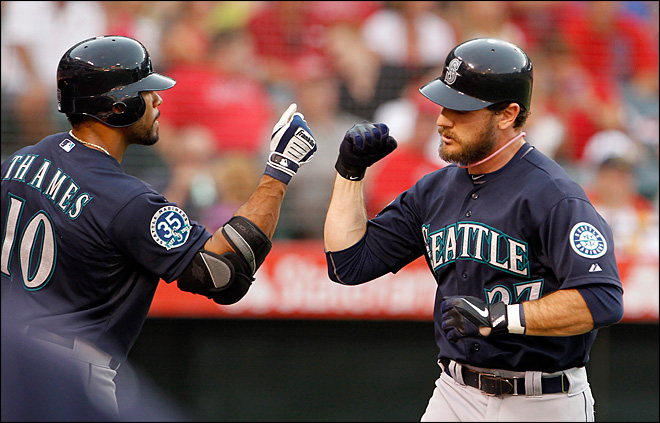 M's beat Angels 7-4 behind Iwakuma
