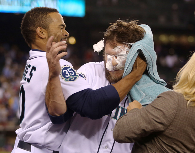 Pie are square after M's Jaso knocks in game winner