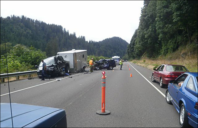 Eugene woman dies in head-on crash on Hwy 126