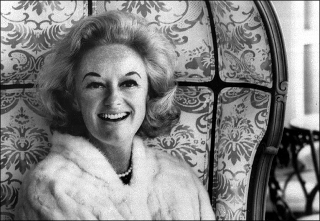 Humorist Phyllis Diller dies at 95 in Los Angeles