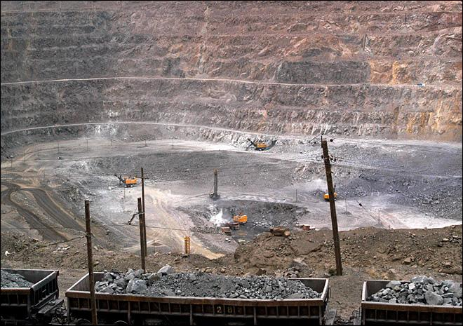 China raises rare earths export quota for 2012