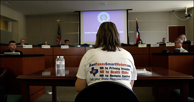 Smart meter movement stirs rowdy debate in Texas