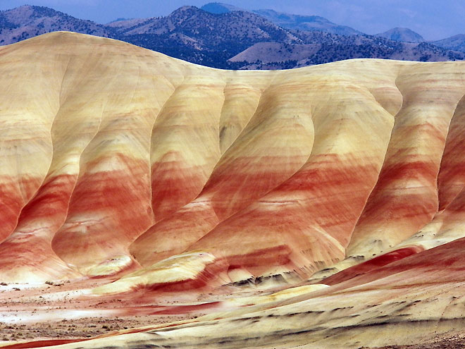 Road trip: The natural beauty of Oregon's 'Painted Hills'