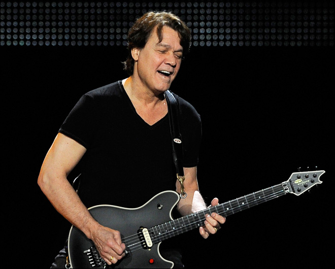 Eddie Van Halen has surgery for digestive disease