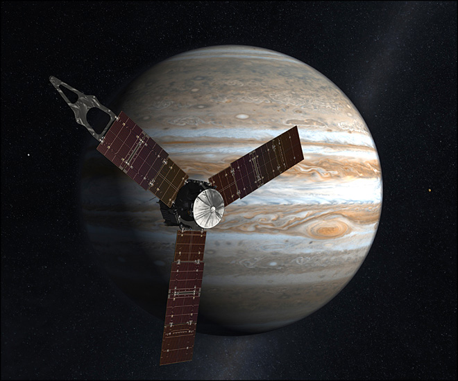 Jupiter-bound spacecraft makes key maneuver