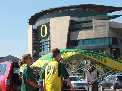 Sellout streak still alive at Autzen