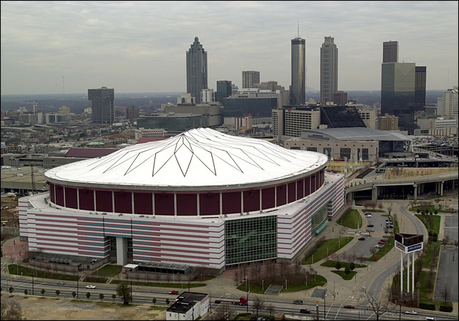 Fan dies after fall from upper level of Georgia Dome