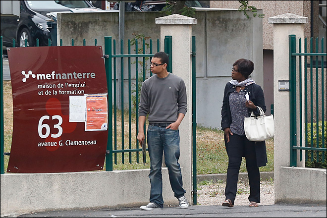 Number of unemployed in France passes 3 million