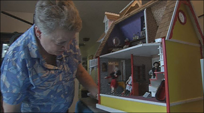 Albany woman recognized for doll house creations