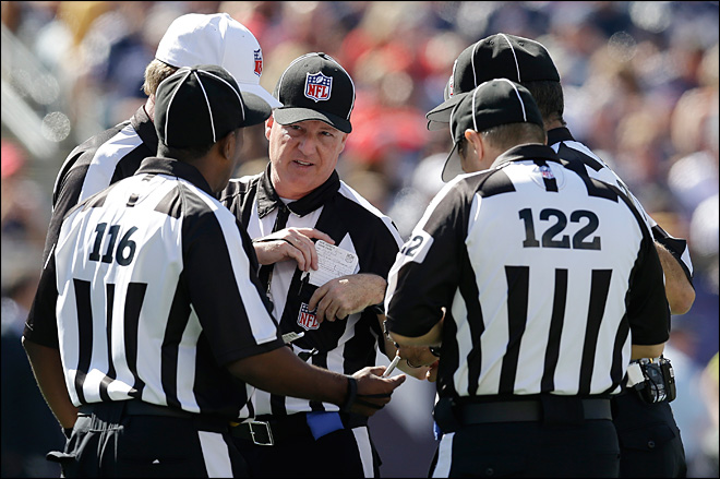 Vegas oddsmakers say replacement refs having a big impact on bets
