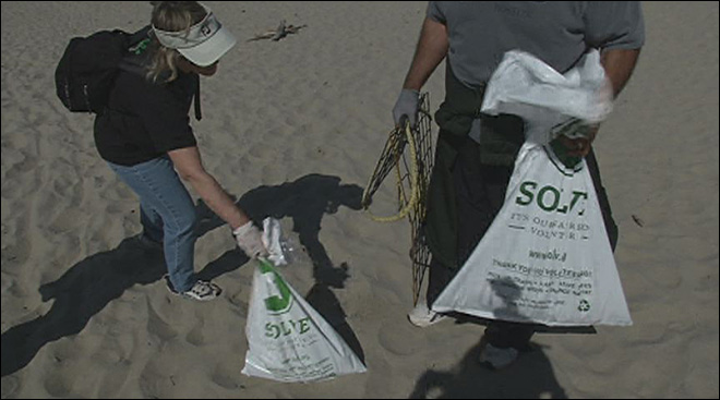 Problematic debris on the coast SOLVed by beach cleanup