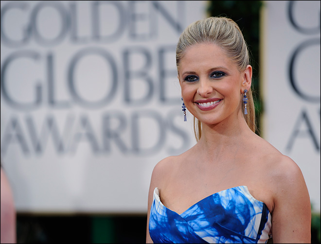 Actress Sarah Michelle Gellar gives birth to boy