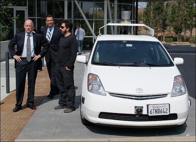 Calif. governor signs driverless cars bill
