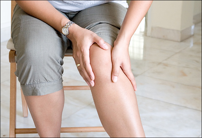 Study: Therapy as good as surgery for knee repair