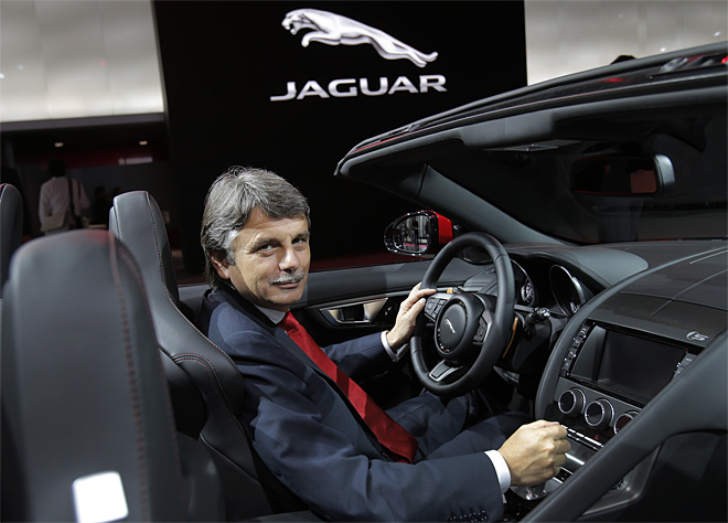 Jaguar to build factory in China in joint venture