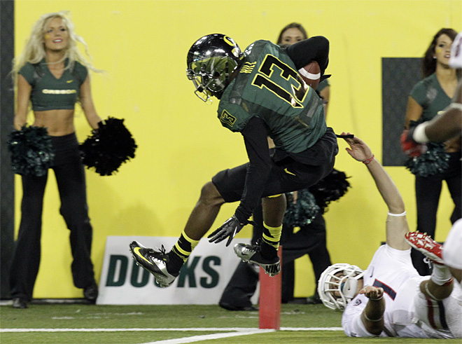 Duck football player arrested, suspended from team