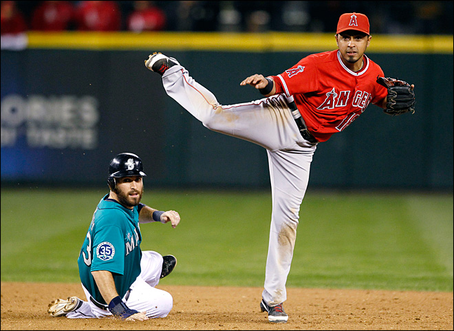 Trout's 4 hits too much, Mariners fall to Angels 8-4