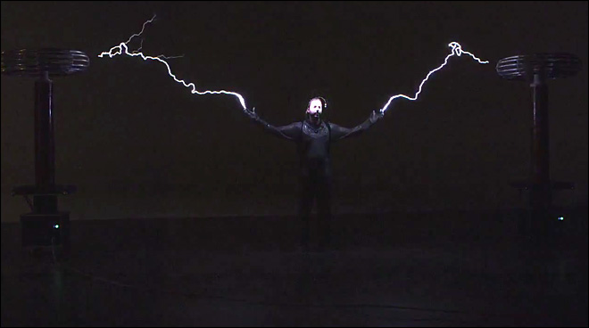 David Blaine goes high voltage with latest stunt