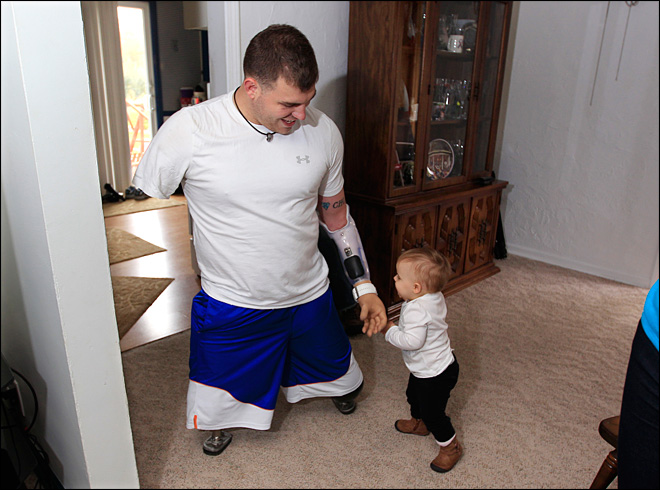 Soldier who lost 4 limbs in Afghanistan back home