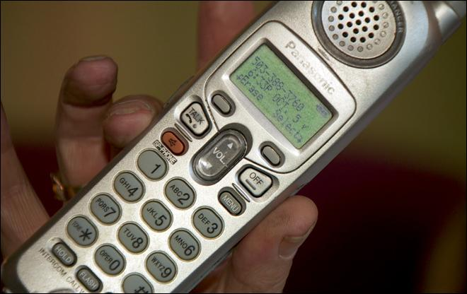 Suspicious robocalls warn of voter registration problems