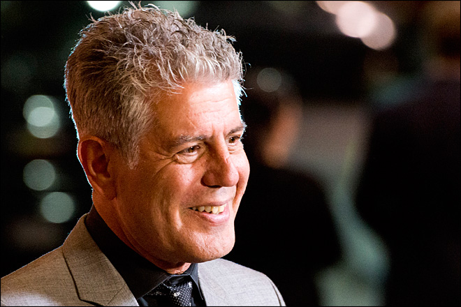 Bourdain gets roasted by Rachael Ray, Guy Fieri