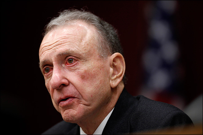 Longtime GOP Senate moderate Arlen Specter dies