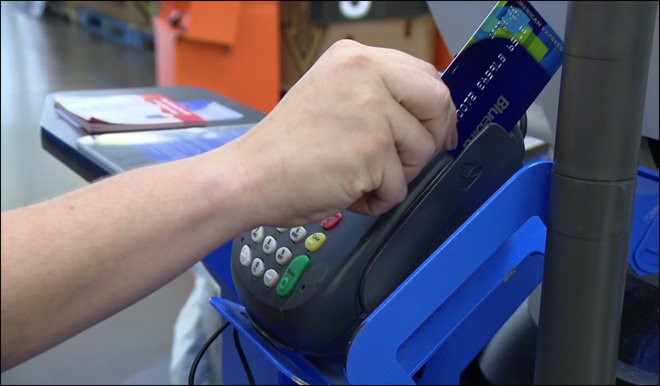 Walmart unveils new fee-free prepaid debit card