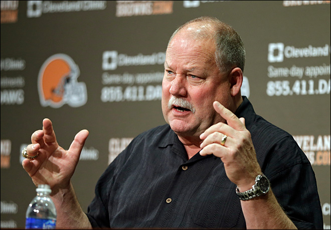 Mike Holmgren leaving Browns uncertain of future